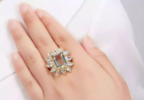 Blue Topaz 18K Diamond Ring With Peridot Sapphires