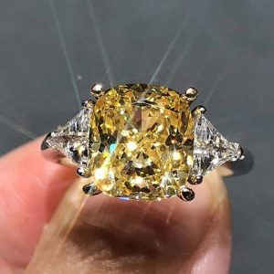 2ctw Yellow Diamond Ring In 18K White Gold